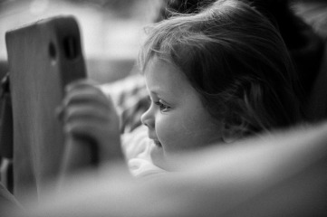 documentary family photographer Bournemouth natural portrait