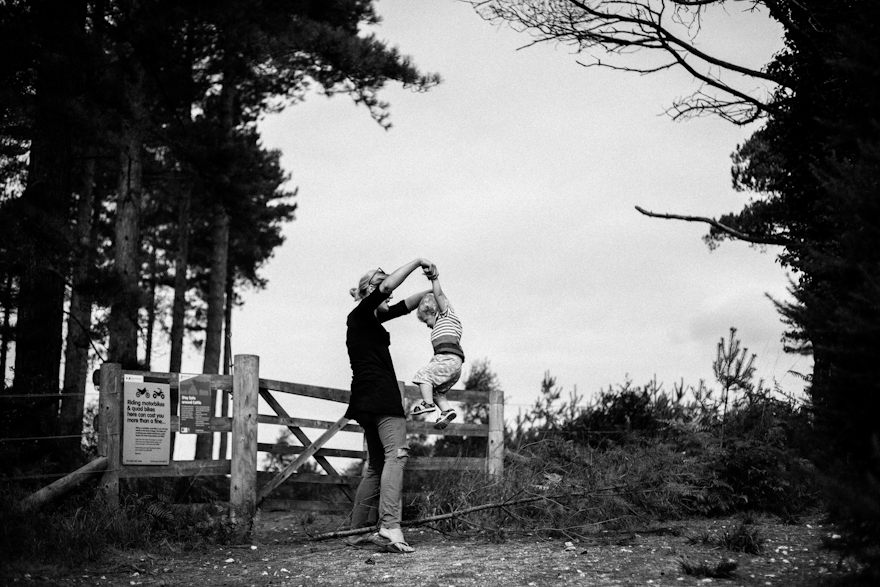 natural-family-photography-dorset-hampshire-wiltshire-16
