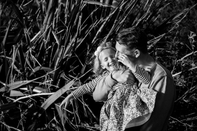 natural-outdoor-family-photographer-poole-woolfenden-101