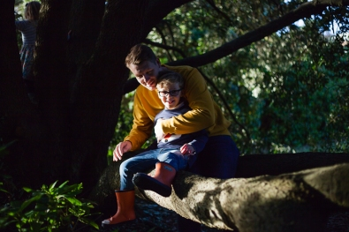 natural-outdoor-family-photographer-poole-woolfenden-140