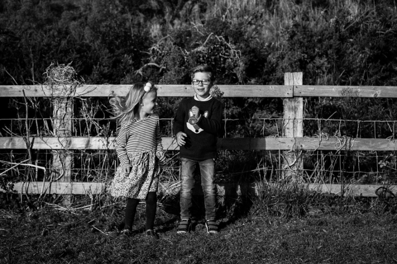 natural-outdoor-family-photographer-poole-woolfenden-40