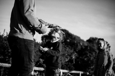 natural-outdoor-family-photographer-poole-woolfenden-6
